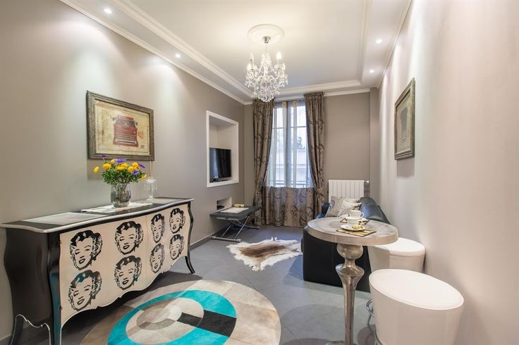 Beautiful apt in Heart of Nice! apartment, Nice, France.