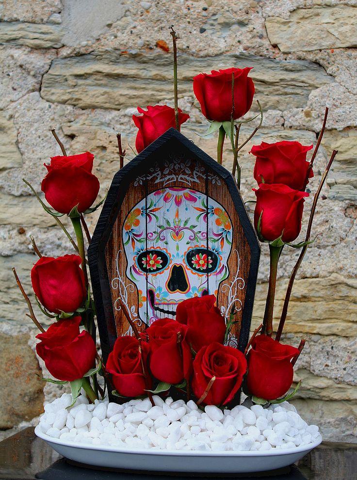 Diseño floral de rosas para halloween.