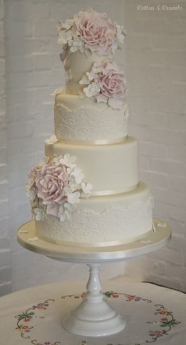 Vintage wedding cake by Cotton and Crumbs: lace, baby's breath and peonies?