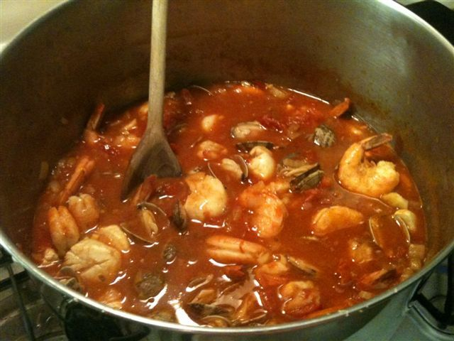 8 best images about cioppino recipes on pinterest crabs for Recipe for seafood stew