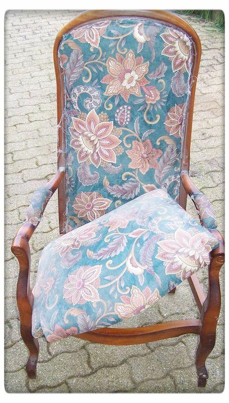 Voltaire rhabill un pinceau une id e meubles customiser fauteuil voltaire fauteuil - Meuble voltaire ...