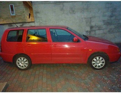 VW Polo 1,6 Variant, 1999, Nørager, privat, 9.999,Fin billig lille st.car der altid kører.. Sidst synet 22-3-2013.. Nummerplader medfølger i prisen som ikke står til den store diskussion.. Forrude og udstødning lige skiftet..