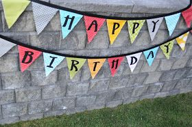 The Little Fabric Blog: Fabric Pennant Banner Tutorial