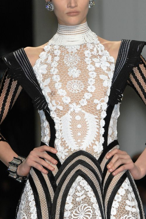 "birdcagewalk: "" foreverinhautecouture:Jean Paul Gaultier Spring 2009 Couture """