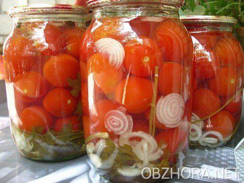 Салат на зиму из зеленых помидор со свеклой
