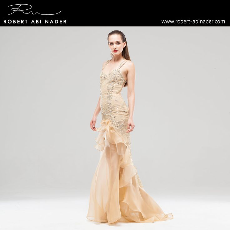 Robert Abi Nader - Ready to Wear - Spring Summer 2015 Long and fitted mermaid dress in gold embroidered chantilly lace and organza. #robertabinader #readytowear #dress #lace #gold #organza #crepe #belted #designer #crep #embroidered #skin #tulle #fashionista #stylish #springsummer #lebanon #paris #london #beirut #chantilly #beauty #robert