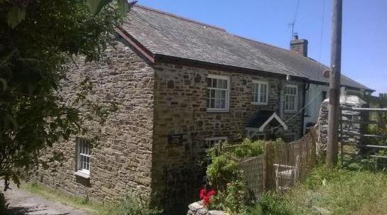 Churchgate Cottage, Crantock, Newquay, Cornwall, England. Cottage. Dog Friendly. Holiday. Travel. Accommodation. Coast. Seaside. Beach.