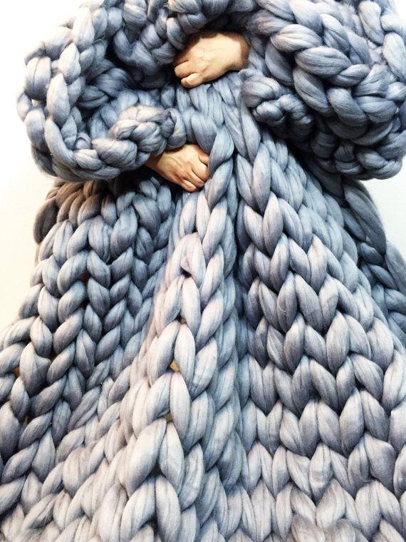 17 meilleures id es propos de couvertures de bras en - Tricoter avec les bras grosse laine ...