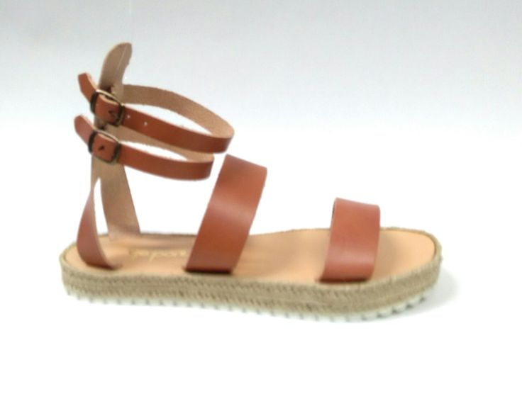 Honor_Caramel Handcrafted leather sandals