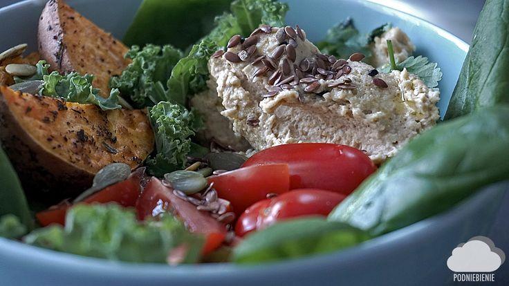 #postanowienianoworoczne #sałata #bataty #len #hummus #tahini #jarmuż #PodNiebienie #salad #linseed #veggies #kale #sweetpotato #newyearresolution #newyearnewme #fit #healthyfood #healthyeating #cleaneating #foodporn #pornfood #foodphotography #wiemcojem #polishblogger #zdrowewybory #cooking #foodie #feedfeed #fooddiary #onthetable
