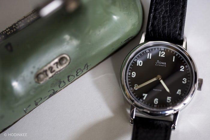 The Value Proposition: The Stowa Partitio Black Automatic, A 37 mm Vintage-Inspired Watch Under $1,000