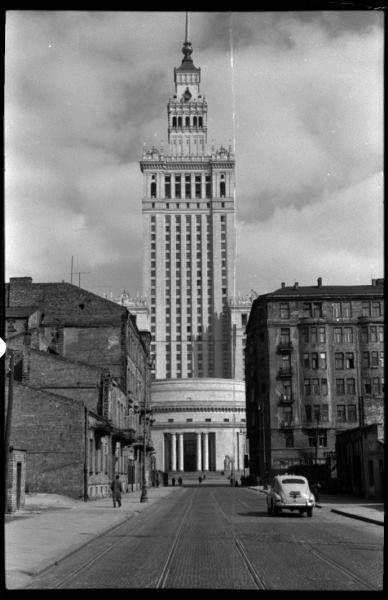ul. Złota, druga połowa lat 50 -tych.   Fot. Leonard Sempoliński