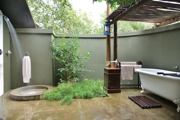 #Alfresco bathroom at 4 Star #Falaza Game Park & Spa! http://falaza.co.za/