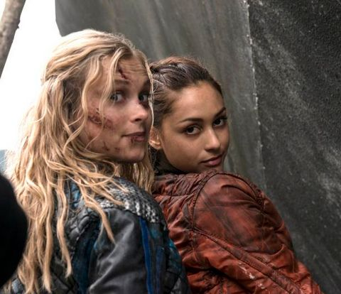 The 100 cast behind the scenes || Eliza Jane Taylor and Lindsey Morgan || Raven Reyes and  Clarke Griffin || Princess Mechanic