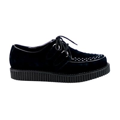 creepers studs http://www.attitudeholland.nl/haar/schoenen/creepers/creepers-laag/creeper-602s-black-suede-demonia/