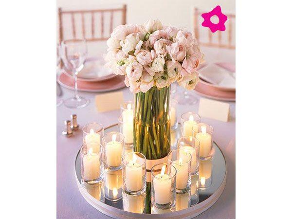 Los centros de mesa para boda cilíndricos se ajustan a la personalidad de la boda ya que se pueden presentar en diferentes estilos. Por ejemplo, pueden estar formados por flores de tallo largo, flores sumergidas, velas flotantes, piedras, ramas, esferas etc.