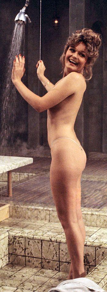 27 best Valerie Perrine images on Pinterest | Valerie perrine, Actresses and Female actresses