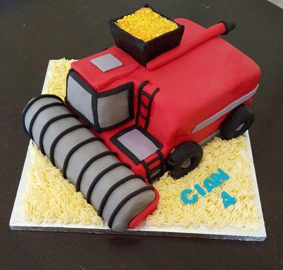 Combine harvester vanilla sponge cake