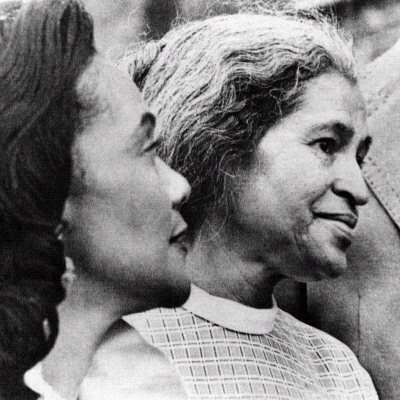 Coretta Scott King & Rosa Parks:  Two phenomenial Alpha Kappa Alpha women!