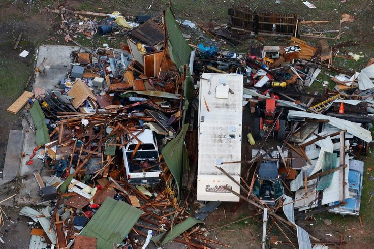 First tornadoes of 2015 hit Arkansas and Oklahoma