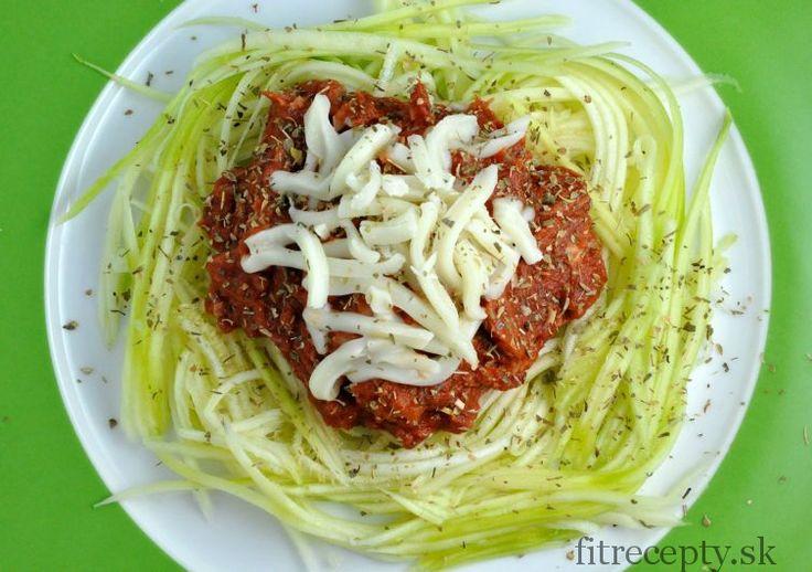 Cuketové špagety s tuňákem