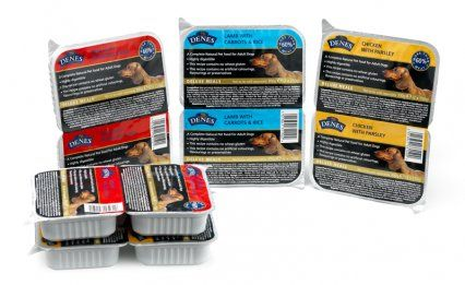 Denes are packed in a pack of two break-off trays