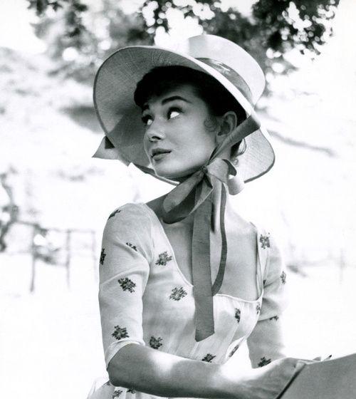 The Audrey Hepburn Look Book - The Cut\ audreyhepburn audrey vintadefinita oldhollywoodglam