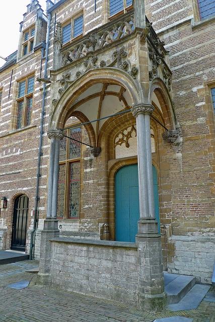 Portaal, Het Markiezenhof