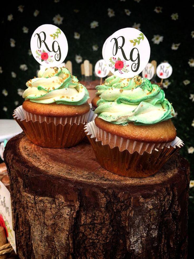 Toppers para cupcakes con iniciales de los novios #toppers #boda #eventos #IKKI #papeleria