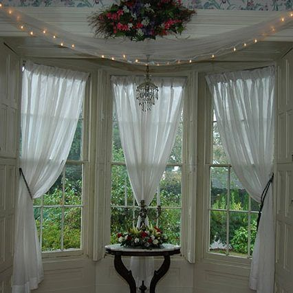Good 26 Graceful Curtain Ideas For Window Treatment Ideas: Glorious Three White  Curtain Ideas And Classy Dark Wooden Round Desk As Decorate Christmas White  ...