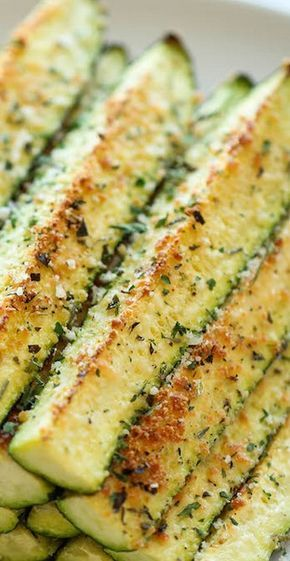 YUMMY!!  CAN'T WAIT TO MAKE THESE! Baked Parmesan Zucchini