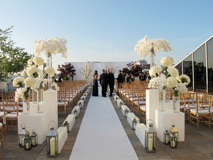 Tribeca rooftop wedding venue mini bridal for Non traditional wedding venues nyc