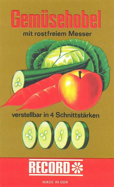 Gemüsehobel / A kitchen slicer label / East Germany, 1970s