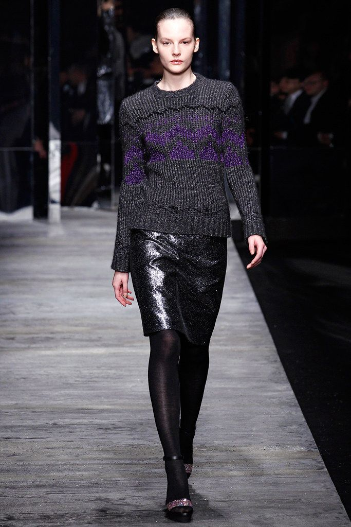 womens parka coats Versus Versace Fall 2011 Ready to Wear Collection Photos   Vogue
