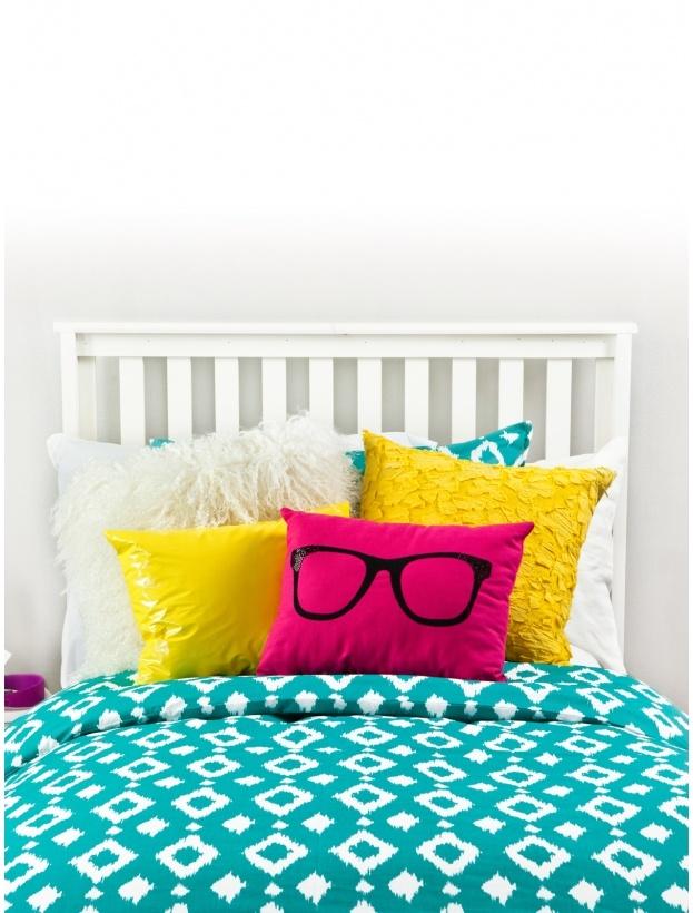Cute ideas for the dorm #thattimeofyear