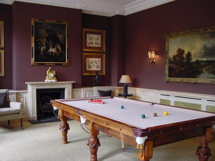 Helen Green Design - modern take on a classic room