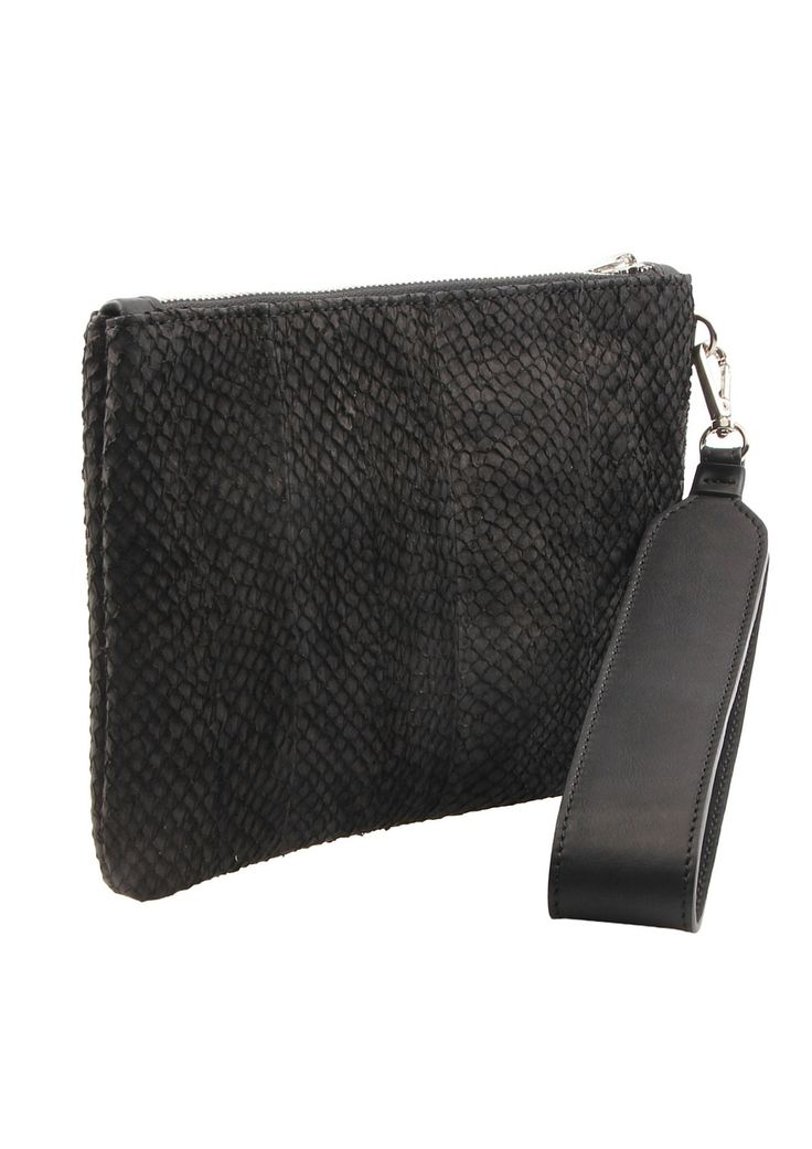 Classic fishleather pouch with detachable strap.