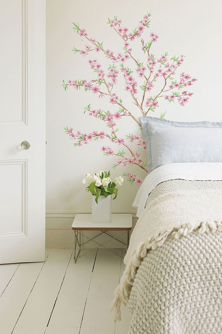 .Delicate and beautiful wall treatment in this cottage bedroom
