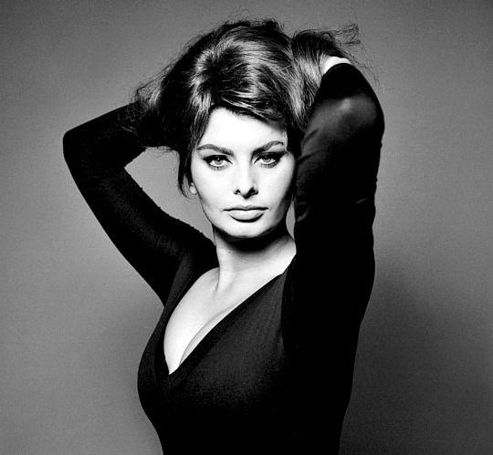 Pearls of Joy, meganmonroes:  Sophia Loren in the 1960s.