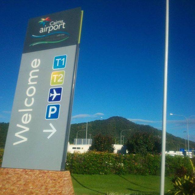 Instagram【kabakami51】さんの写真をピンしています。 《#オーストラリア#ケアンズ#キュランダ#グレートバリアリーフ#ダイビング#コアラ#カンガルー#カモノハシ#旅行#観光#夜景#思い出#休日 #australia#cairns#kuranda#greatbarrierreef#diving#koala#kangaroo#platypus#travel#trip#vacation#holiday#resort#memory#tbt》