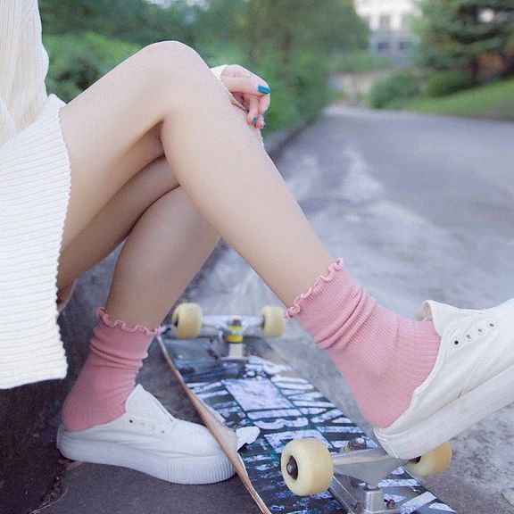 [leggycozy] Harajuku Style Solid Color Retro Cute Loose Cotton Socks