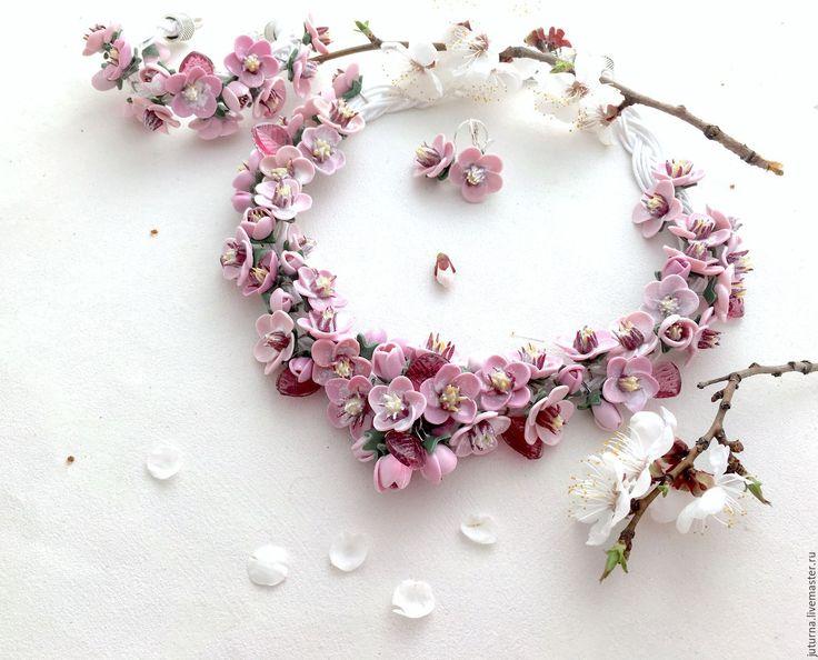 """Купить Комплект украшений колье браслет полимерная глина """"Японская вишня"""" - бледно-розовый, сакура"""