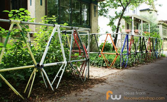 Bike frame fence.  Love.: Bike Gates, Bike Frames Fence Jpg 540 331, Bicycles Fence, Bike Wasting, Creative Fence, Bike Shops, Crafty Fence, Old Bike, Bike Fence