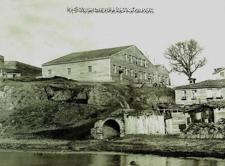 Selimiye Kışlası Harem Civarındaki Kavak İskelesi Bölgesi / 1930′lar