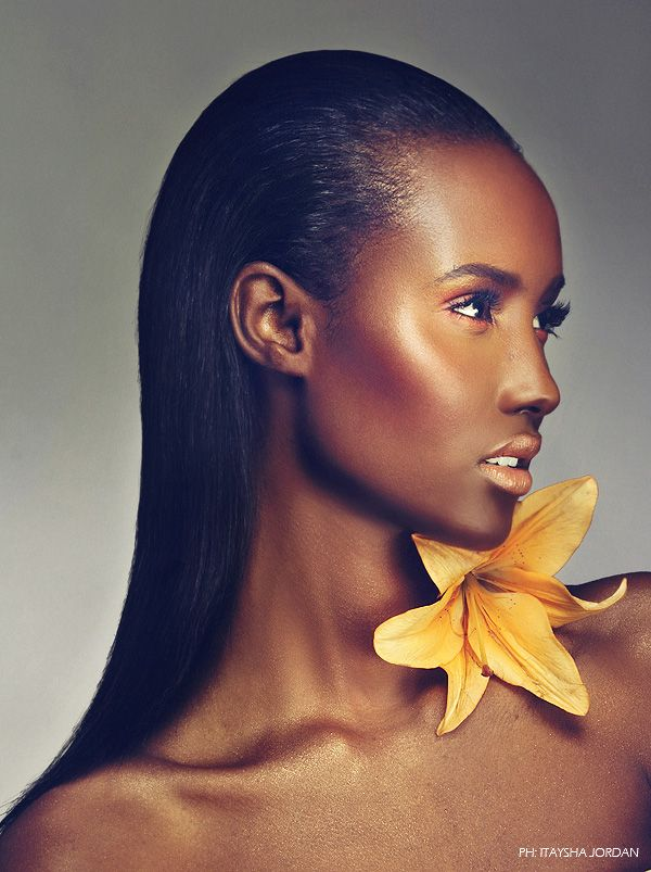 Fatima Siad - from Somali, came in 3rd, cycle 10 America's Next Top Model. But these days she is on top of her game