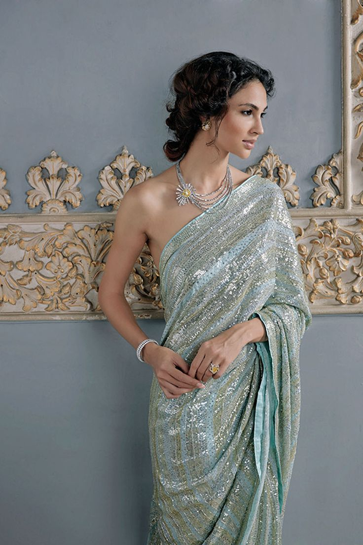 #Gorgeous #Saree w/ http://www.NiravModi.com/ Sunburst #Necklace, white & yellow diamond earrings, a ring set with one Fancy Yellow solitaire diamond and a diamond bangle