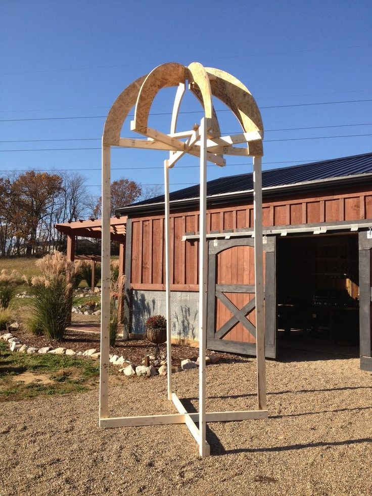 Building+Our+Own+Silo....A+Cool+Way+To+Make+A+Big+Compost+Bin