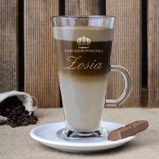 Grawerowana szklanka do latte KIEROWNICZKA idealny na urodziny