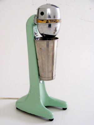 New vintage kitchenalia and collectables just unpacked at Vamp - 29 September 2015
