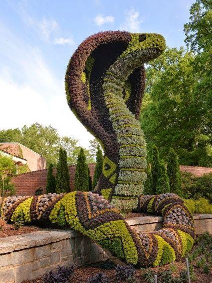 Topiary o topiaria arte de crear esculturas o figuras con for Esculturas en jardines